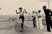 """Itinerari """"Dones i esport"""". Atletisme, 1935."""